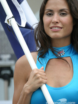 Une charmante Flag Girl