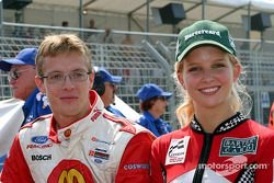 Sébastien Bourdais with Bartercard Miss Indy Finalist ready for the parade