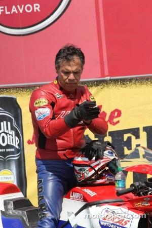 Hector Arana Sr.