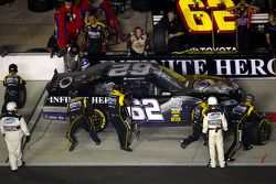 Pit stop for Michael Annett, Rusty Wallace Racing Toyota