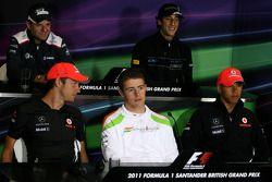 Rubens Barrichello, Williams F1 Team, Daniel Ricciardo, Hispania Racing Team, HRT, Paul di Resta, Fo