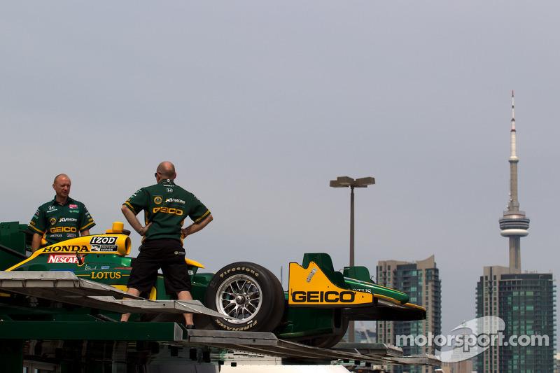 KV Racing Technology-Lotus team members and the Toronto skyline