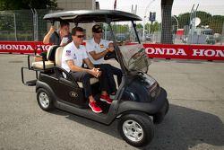 Track inspection for Scott Tucker and Ryan Hunter-Reay, Andretti Autosport