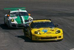 #4 Corvette Racing Chevrolet Corvette ZR1 : Jan Magnussen, Oliver Gavin