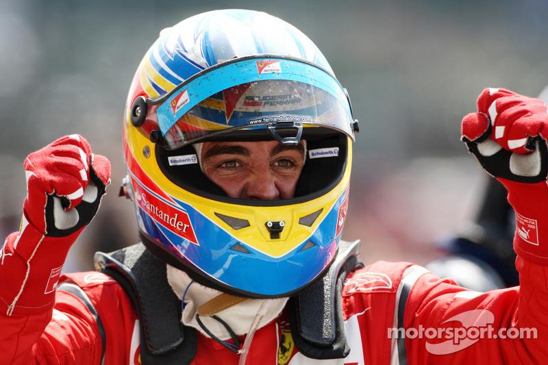 Ganador de la carrera Fernando Alonso, Scuderia Ferrari