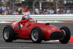 Fernando Alonso, Scuderia guida la Ferrari 375 del 1951vincitrice del Gp di Silverstone