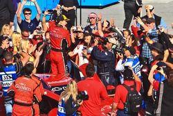 Post-race celebration for #99 Jon Fogarty, Alex Gurney: GAINSCO Auto Insurance, Bobstallingscars.com Chevrolet-Riley, GAINSCO-Bob Stallings Racing