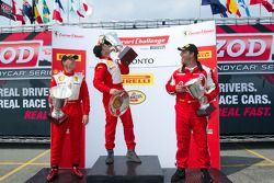 430 podium: winnaar in klasse #31 Ferrari of Ontario Ferrari F430 Challenge: Damon Ockey, 2de #89 Fe