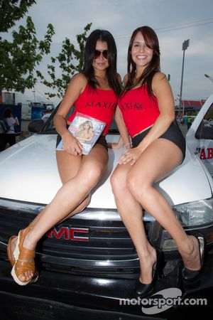Lovely Maxim girls