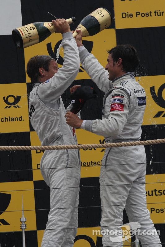Renger van der Zande, Persson Motorsport, AMG Mercedes C-Klasse 2008; Bruno Spengler, HWA AG, Mercedes AMG C-Klasse 2009
