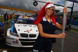 Javier Villa BMW 320 TC, Proteam Racing en gridgirl