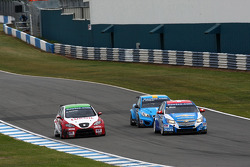 Alain Menu, Chevrolet Cruze 1.6T, Chevrolet, Gabriele Tarquini, Seat Leon 2.0 TDI, Lukoil - Sunred and Robert Dahlgren Volvo C30, Polestar Racing