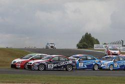 Tom Coronel, BMW 320 TC, ROAL Motorsport en Gabriele Tarquini, Seat Leon 2.0 TDI, Lukoil - Sunred