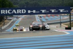 Start: #23 JR Motorsport Nissan GT-R: Michael Krumm, Lucas Luhr