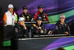 Adrian Sutil, Force India F1 Team, Nico Rosberg, Mercedes GP F1 Team, Nick Heidfeld, Lotus Renault GP, Sebastian Vettel, Red Bull Racing, Timo Glock, Marussia Virgin Racing, Michael Schumacher, Mercedes GP F1 Team