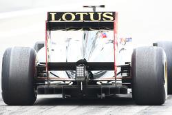 old Renault diffuser, Car, Vitaly Petrov, Lotus Renault GP