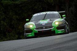 PJ Jones en Rocky Moran Jr., Jaguar XKR
