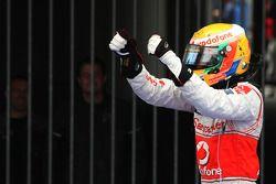 Ganador de la carrera Lewis Hamilton, McLaren Mercedes celebra
