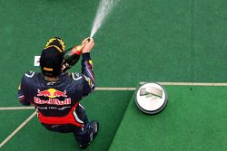 Podio: tercero Mark Webber, Red Bull Racing