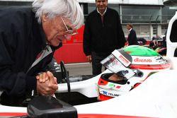 Bernie Ecclestone con Sergio Pérez, Sauber F1 Team
