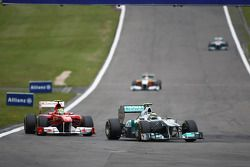 Felipe Massa, Scuderia Ferrari y Nico Rosberg, Mercedes GP F1 Team