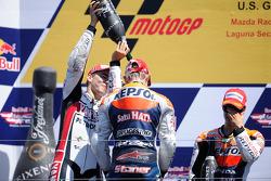 Подиум: победитель гонки - Кейси Стоунер, Repsol Honda Team, второе место - Хорхе Лоренсо, Yamaha Factory Racing, третье место - Дани Педроса, Repsol Honda Team