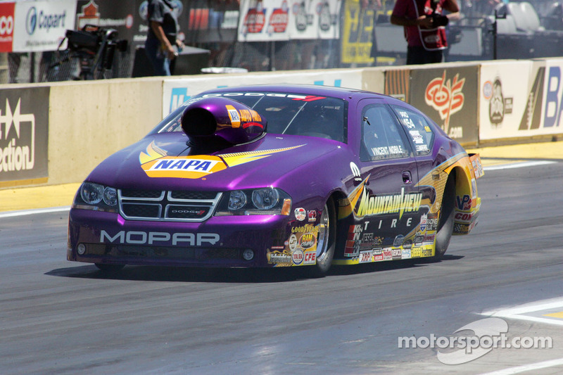 Vincent Nobile, Mountain View Tire Dodge Stratus