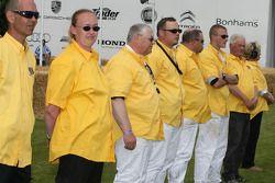 De Yellow Shirts