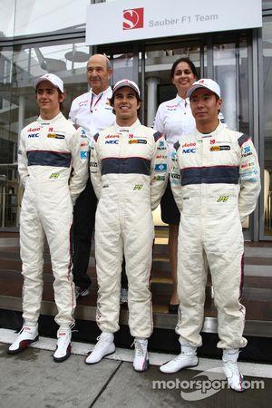 Пилоты команды Sauber 2010 года Эстебан Гутьеррес, Sauber F1 Team, Серхио Перес, Sauber F1 Team и Ка