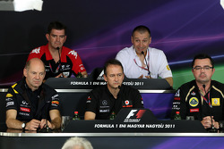 Adrian Newey, Red Bull Racing, Teknik Direktörü, Graeme Lowden, Virgin Racing Direktör, racing, Jona