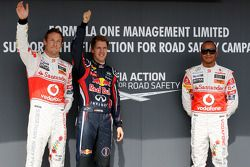 Jenson Button, McLaren Mercedes, Sebastian Vettel, Red Bull Racing, Lewis Hamilton, McLaren Mercedes