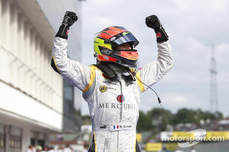 Romain Grosjean celebra su victoria