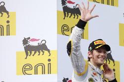 Romain Grosjean celebra su quinta victoria de la temporada en el podio