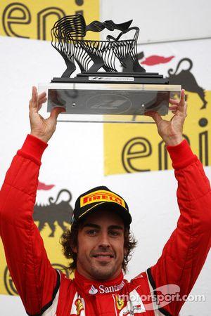 Podium: troisième place de Fernando Alonso, Scuderia Ferrari