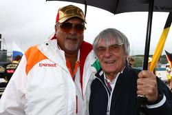 Vijay Mallya Force India F1 Takım Sahibi ve Bernie Ecclestone