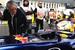 Bernie Ecclestone with Sebastian Vettel, Red Bull Racing