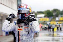 Stefano Coletti viert overwinning