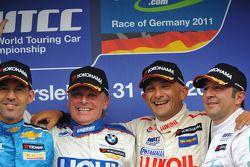 Franz Engstler, BMW 320 TC, Liqui Moly Team Engstler race winner, Alain Menu, Chevrolet Cruze 1.6T,