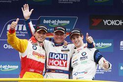 Yokohama Trophy, Franz Engstler, BMW 320 TC, Liqui Moly Team Engstler 1st position, Stefano D'Aste,