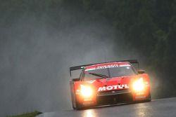 #23 Motul Autech GT-R : Satoshi Motoyama, Benoit Treluyer