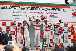 Podium GT500 Winner: S Road Mola GT-R: Masataka Yanagida, Ronnie Quintarelli : 2nd Place: #39 Denso Sard SC430: Hiroaki Ishiura, Takuto Iguchi : 3rd Place: #32 Epson HSV-010: Ryo Michigami, Yuki Nakayam