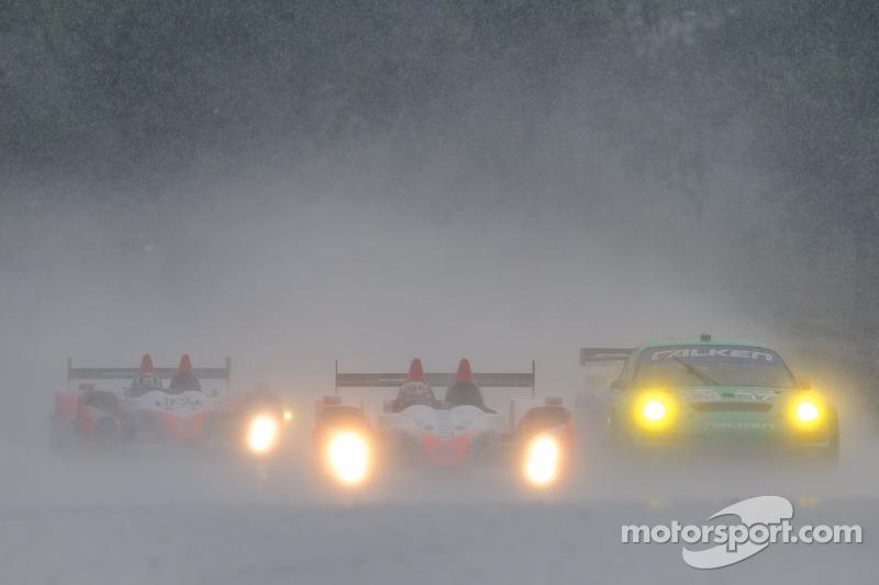 #17 Team Falken Tire Porsche 911 GT3 RSR: Wolf Henzler, Bryan Sellers, #37 Intersport Racing Oreca FLM09: Jon Field, Clint Field, #89 Intersport Racing Oreca FLM09: Kyle Marcelli, Tomy Drissi