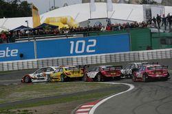 Ralf Schumacher, Team HWA AMG Mercedes C-Klasse en David Coulthard, Mücke Motorsport, AMG Mercedes C