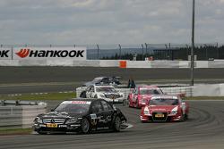 Gary Paffett, Team HWA AMG Mercedes C-Klasse, Oliver Jarvis, Audi Sport Team Abt Audi A4 DTM