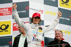 El ganador: Roberto Merhi, Prema Powerteam Dallara F308 Mercedes