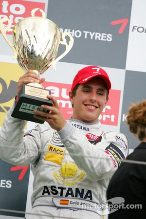 Podium: race winner Daniel Juncadella, Prema Powerteam Dallara F309 Mercedes