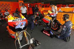 Зона команды Repsol Honda Team