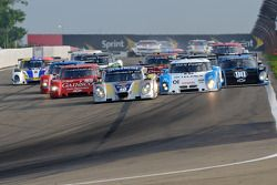 Start: #10 SunTrust Racing Chevrolet Dallara: Max Angelelli, Ricky Taylor