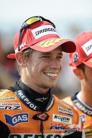 Ganador de la carrera Casey Stoner, Repsol Honda Team celebra