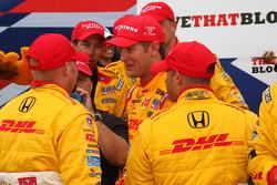 Victory lane: race winner Ryan Hunter-Reay, Andretti Autosport celebrates